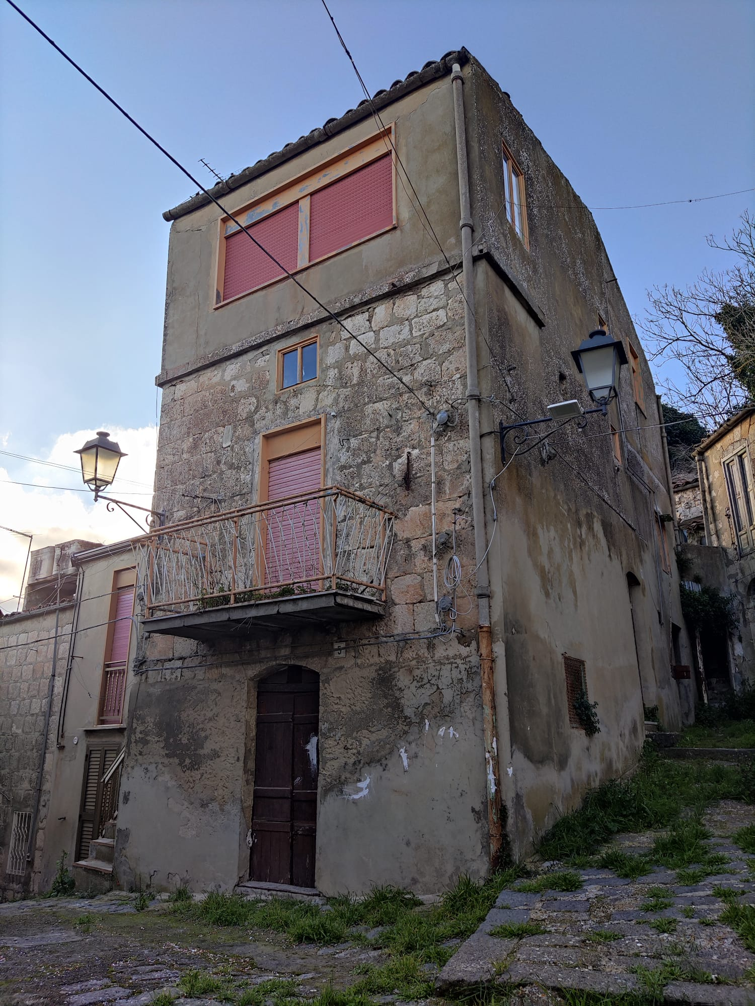 Case 20 Euro   Buy your home in Sicily Mussomeli with only 20€ euro